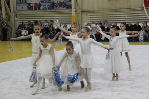 Новогодняя сказка секции художественной гимнастики 28.12.2018