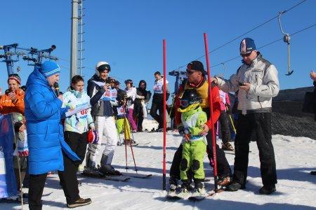 """Соревнования по горным лыжам """"Семейный старт"""". 15.03.15"""