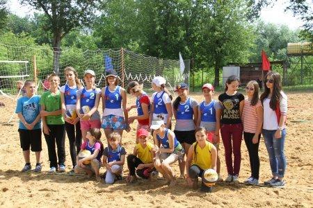 Турнир по пляжному волейболу среди девушек. 29.06.15